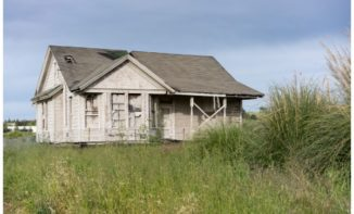 Whether or Not to Buy a Fixer-Upper Property