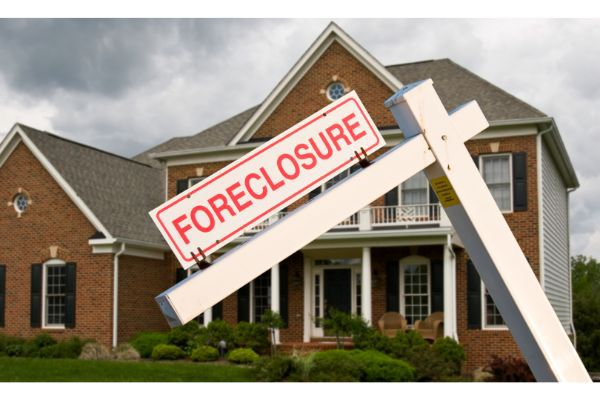 Fraud Highlights Flaws in Foreclosure and Blight Practices